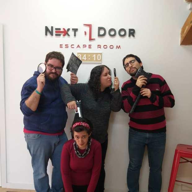 El asesino del puzzle (Next Door).jpg