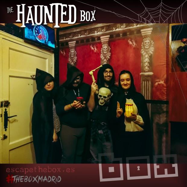 Foto final de la reseña de la escape room The Haunted Box, de The Box en Madrid